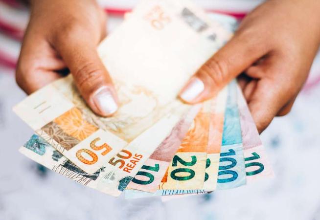 banco-central-escolhe-cinza-como-a-cor-da-nota-de-r-200