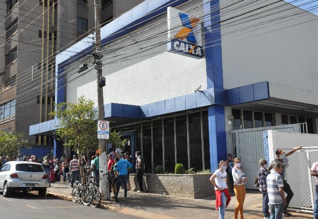 caixa-altera-horario-de-funcionamento-em-todo-brasil