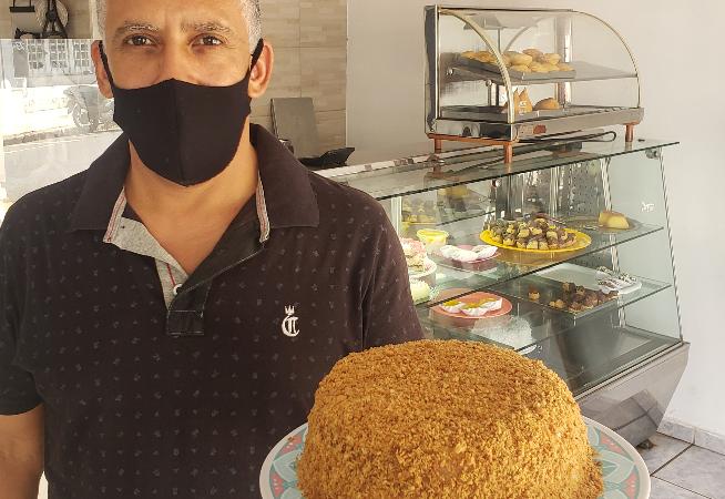 doceria-mantem-bolo-tradicional-de-amendoim-desde-1981