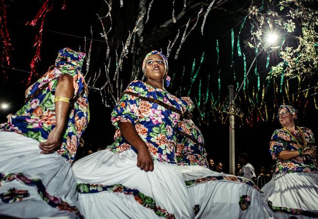 folioes-lotaram-a-praca-no-carnaval-de-santa-cruz