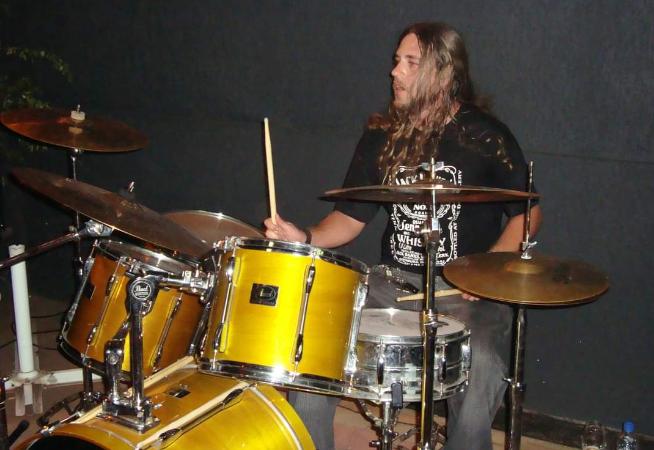 musico-lanca-web-radio-dedicada-as-vertentes-do-rock