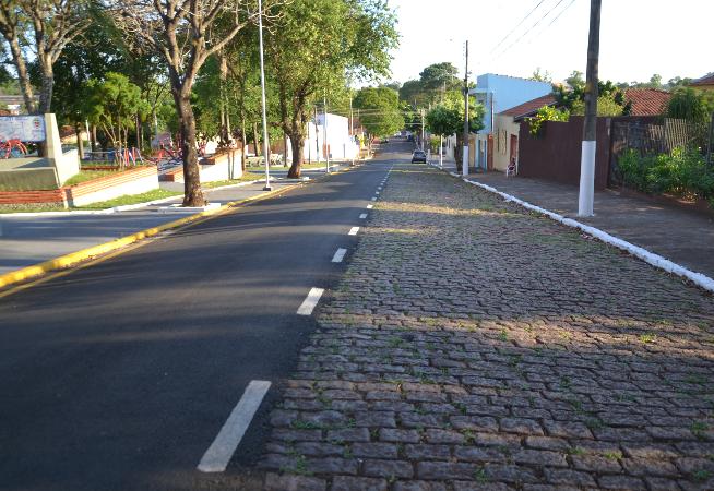 polemica-das-ruas-asfaltadas-pela-metade-volta-a-camara