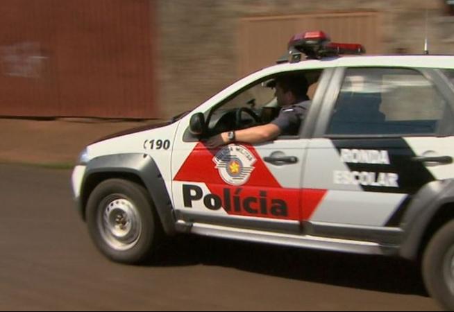 prefeitura-quer-contratar-policiais-de-folga-para-atuarem-na-fiscalizacao-em-santa-cruz