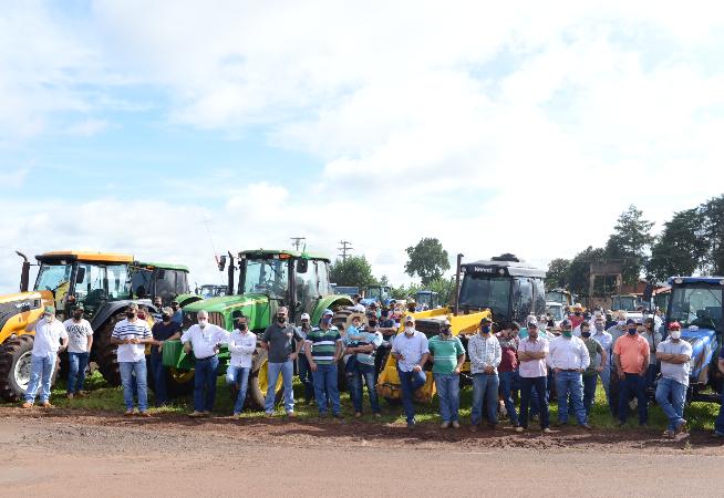 produtores-rurais-fazem-manifestacao-contra-tributacao