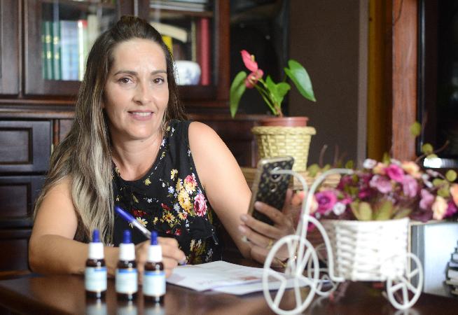 terapia-com-florais-de-bach-e-alternativa-a-medicamentos-tradicionais